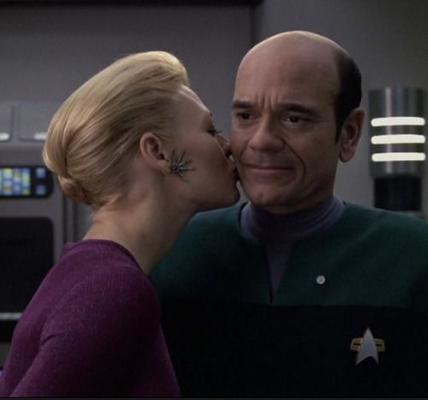 Star Trek Voyager - 7 of 9 & the doctor